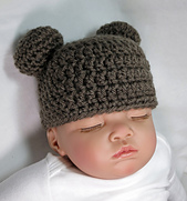 Baby_bear_beanie_small_best_fit