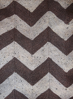 Chevron_blanket_flat_small2