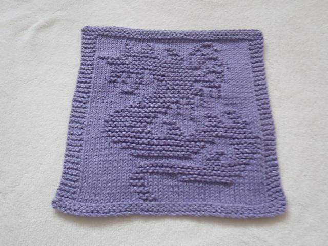 Ravelry: Dragon II Dishcloth pattern by Louise Sarrazin