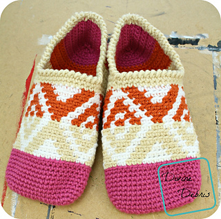 Xs_and_os_slippers_1000x986_small2