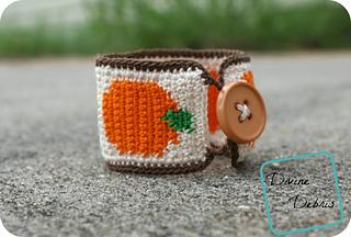 Pumpkin_bracelet_1000x676_small2