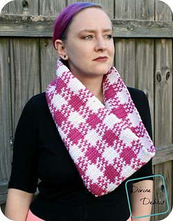 Laura_cowl_784x1000_small2