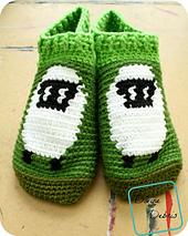 Shelia_sheep_slipper-socks_798x1000_small_best_fit