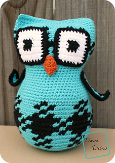 Laura_gingham_owl_709x1000_small2