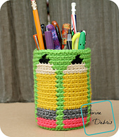 Pencil_cup_870x1000_small_best_fit
