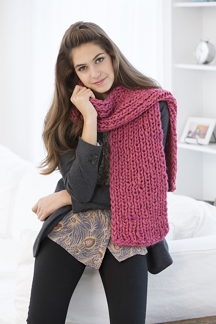 pink ribbed scarf