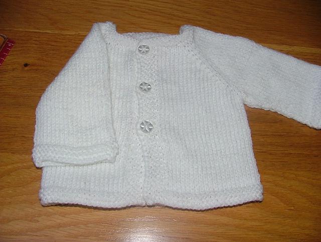03c3260144 patterns   Deirdre McKenna Designs.   Newborn Top Down Cardigan