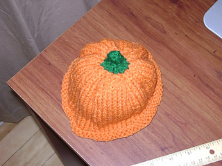 Pumpkin_hat_2_06_small2