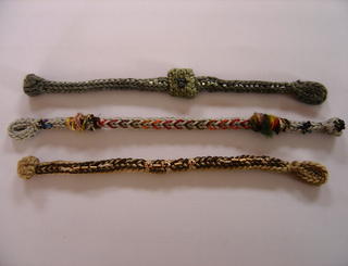 Copy__2__of_french_knit_bracelets_1_small2