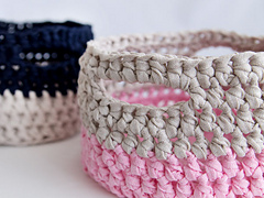 Wink-crafttuts-crochet-basket-finished1_small