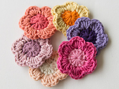 Wink-crochet-flower-finished3_small