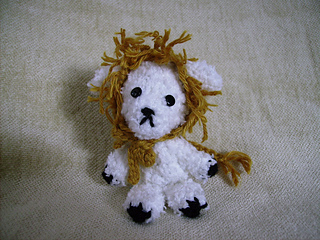 Lion_to_lamb_feb2010_002_small2