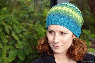 Dingle_hat_donnarossa_designs-front_view_small2