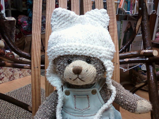 Kitty_hat_on_teddy_small2
