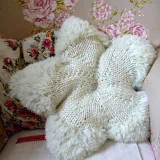 Cushion9_small2