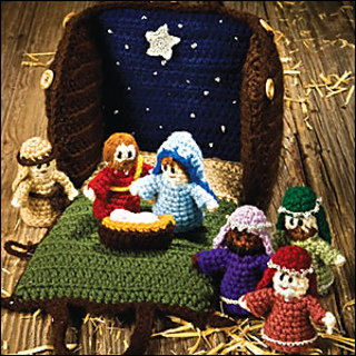 Crocheted_creche_300_small2