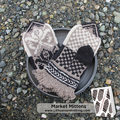 Lkct_market_mittens_img_6903-largefancy_small_best_fit
