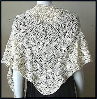 Psdk-scallop-shawl-back_small2