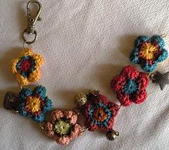 Bracelet_bohemian_flower_au_crochet_1_small