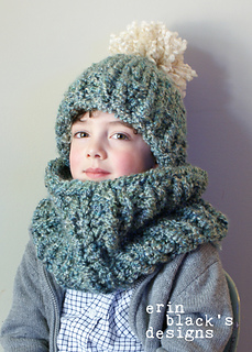 259305ed832 Ravelry  Chunky Knit Pom-Pom Hat and Cowl Set (Hat026) pattern by Erin Black