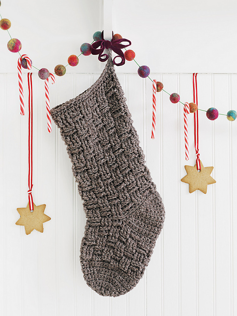 Ravelry: Christmas Crochet for Hearth, Home & Tree - patterns