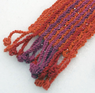 Ee104_bobble-fringe_scarf_8closeup_small2