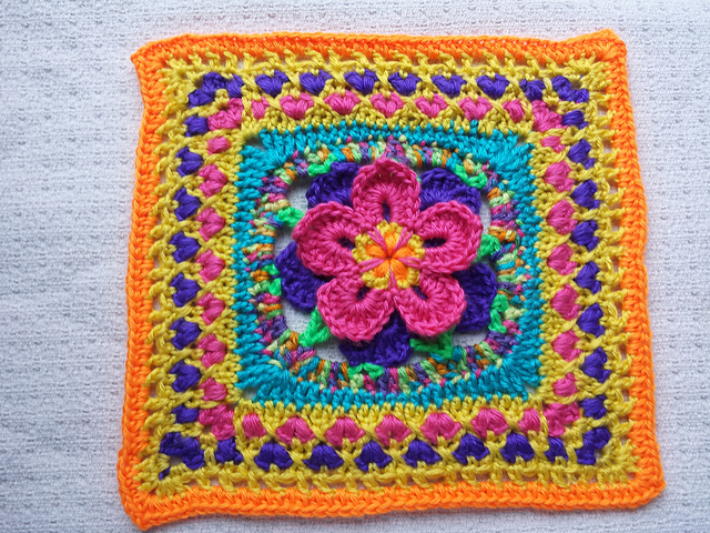 Ravelry Starburst Flower Mandala Square Pattern By E Lee