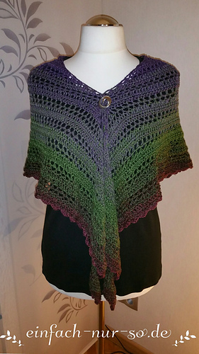 Ravelry: Dreieckstuch Josephine 2.0 pattern by Nicole Hugo