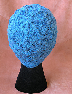 Esprit_wavy_cable_lace_hat_1_small2