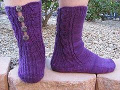 Button_socks_in_nature_008_small