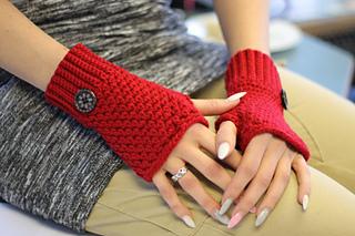 Ravelry brooklyn fingerless mittens pattern by crochetdreamz ellybanelly dt1010fo