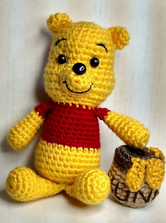 Ravelry Winnie The Pooh And His Hunny Pot Pattern By Melissas