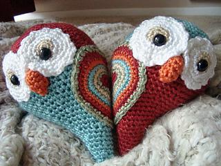 Heart_owls_small2