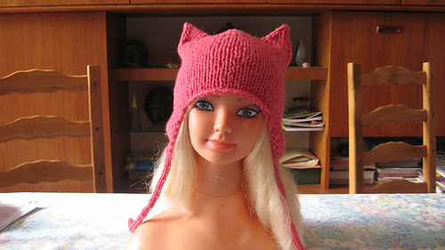 Bonnet_chat_003_medium