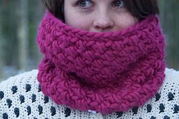 Infinity_cowl_crochet_pattern_design__13_of_19__small_best_fit
