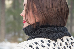 Flowery_cowl_crochet_pattern_design__18_of_24__small_best_fit