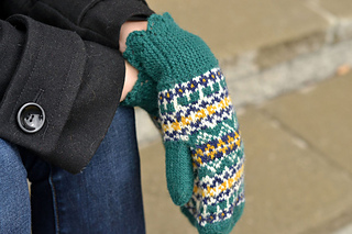 Mittens-final-close-up-web_small2