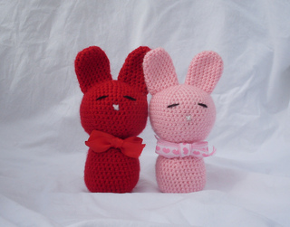 Love_bunnies_4_small2