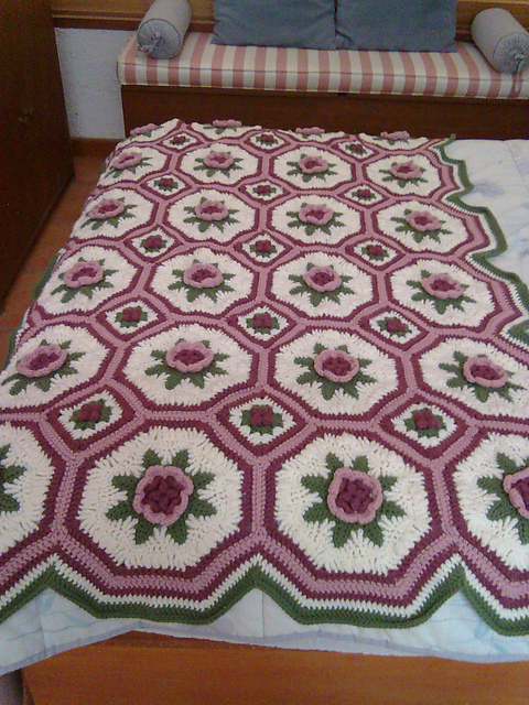 Ravelry all free crochet afghan patterns patterns blanket of roses afghan dt1010fo
