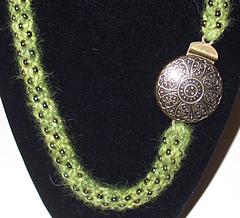 Knit_beaded_necklace-shibui_alpaca_dk-detail_small