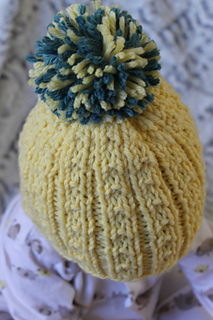 Kids_banana_beanie_close_small2