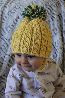 Kids_banana_beanie_cover_small2