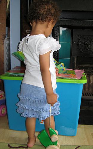 Ruffle_skirt_2_medium