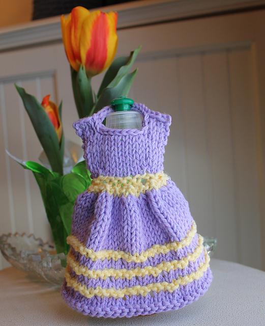 Ravelry Chicks And Ducks Knit Dress Dishcloth Pattern By Debbie Trainor