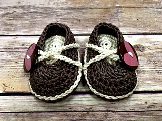 Sweetheart-baby-shoes-front_small2