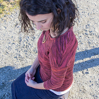 January_pullover-23_small2