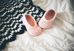 Blanketnslippers_small_best_fit
