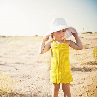 Yellowdress2l_small2