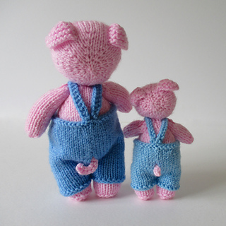Pop_and_pip_pigsimg_0634_small2