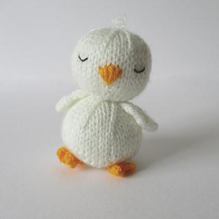 Sleepy_chick_img_0888_small2